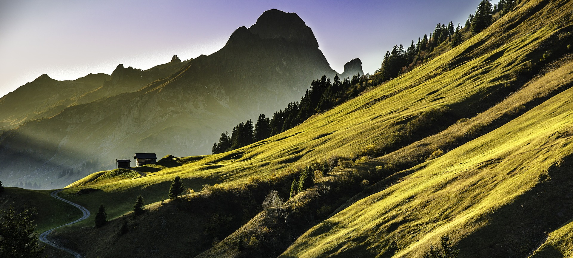 Ingolf Derkow und das Bergwandern Alpen Berglandschaft landscape-640617_1920