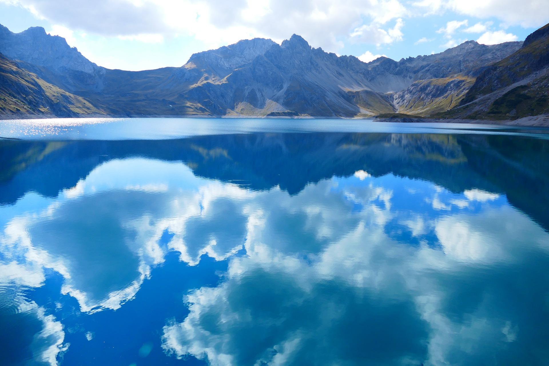 Ingolf Derkow und das Bergwandern Alpen luner-lake-475819_1920