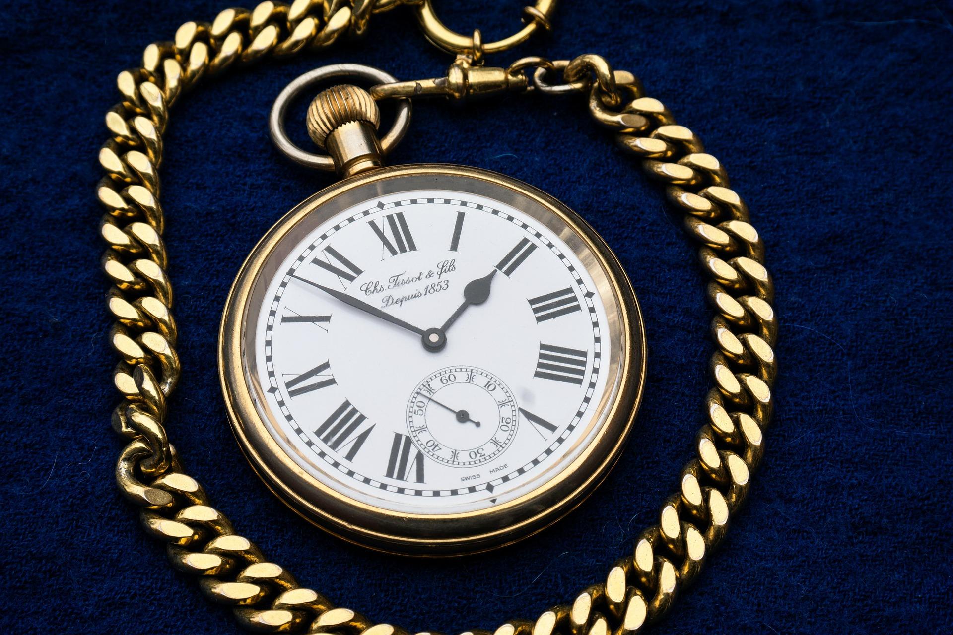 Altgold Uhr