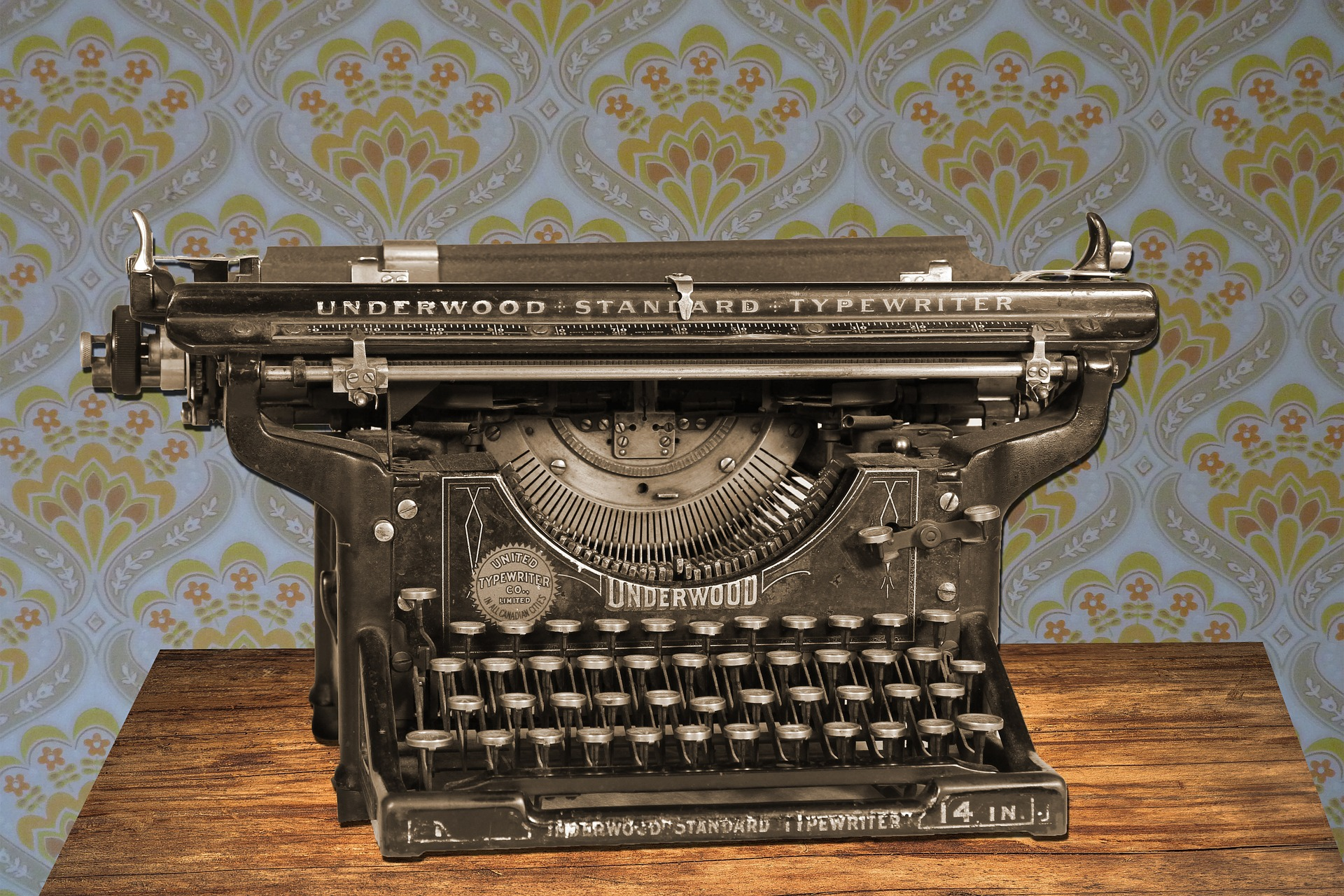 typewriter_antique